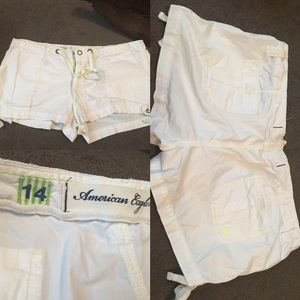 Size 14 American Eagle white shorts